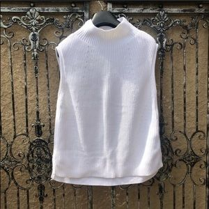 WHBM white knit oversized sleeveless sweater top